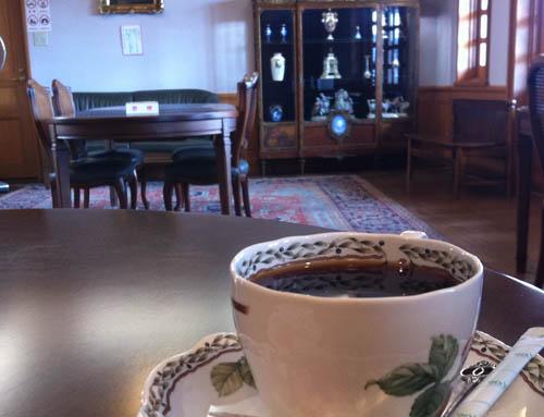 ギリシャ・ローマ美術館で贅沢な喫茶