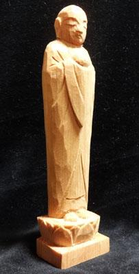 彫刻刀(印刀)一本で仏像彫刻 宝珠を持ったお地蔵様を彫る 台座を荒彫り彫刻 5