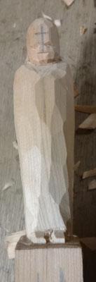 彫刻刀(印刀)一本で仏像彫刻 宝珠を持ったお地蔵様を彫る 彫刻開始 全体を丸める 2