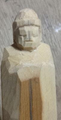 彫刻刀(印刀)一本で仏像彫刻 如来形 2 彫刻を開始して全体的に丸める