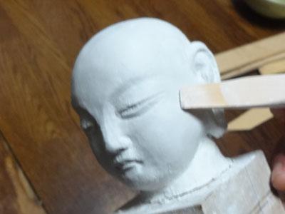 仏像の顔を紙粘土で制作 ー お顔の表情の修練 7
