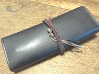 ペンケースの紐を改良 ー 遠い国からの贈り物 ー