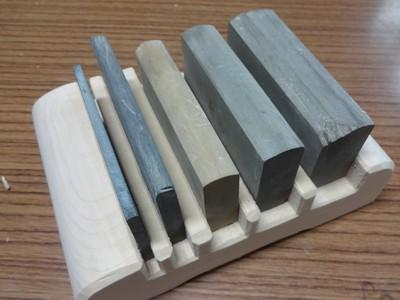 丸刀の裏研ぎの台を作る