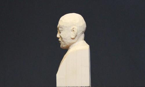 木彫りのセイタロウ