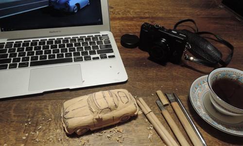木彫りのポルシェ356 Speed Ster 3