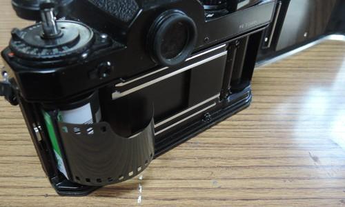 フィルムカメラを使ってみよう。(銘文を撮影)
