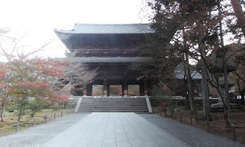 平成27年 早朝の秋の南禅寺を撮影してきました。
