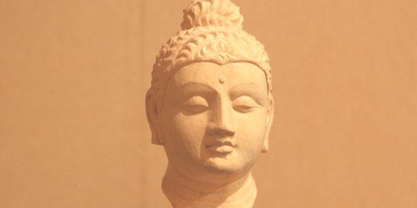ガンダーラ仏の仏頭の彫刻