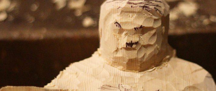四天王像の粗彫りとその動画